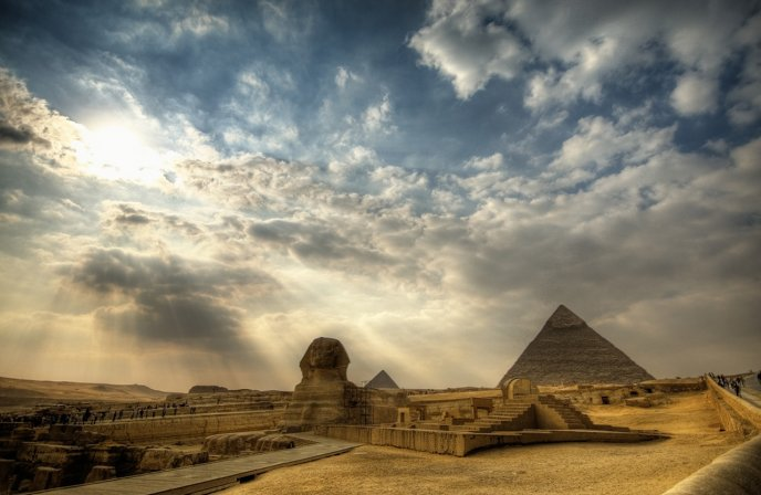 Download Wallpaper The great Pyramid and the Sphinx