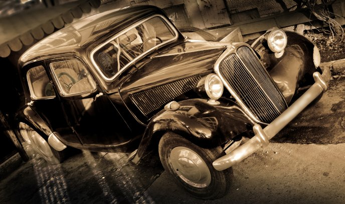 Vintage shiny car - old fashioned automobiles HD wallpaper