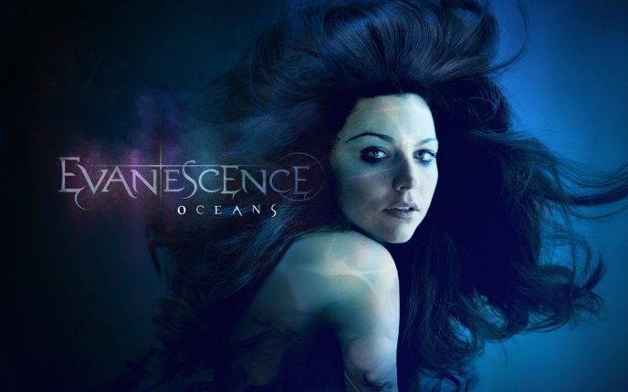 Evanescence - Beautiful woman under the water