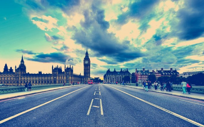 London city - the way to Big Ben