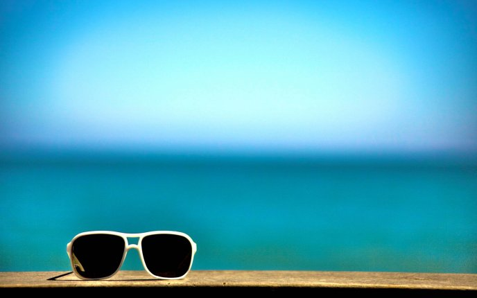 Download Wallpaper Sunglasses - the most important summer accessory