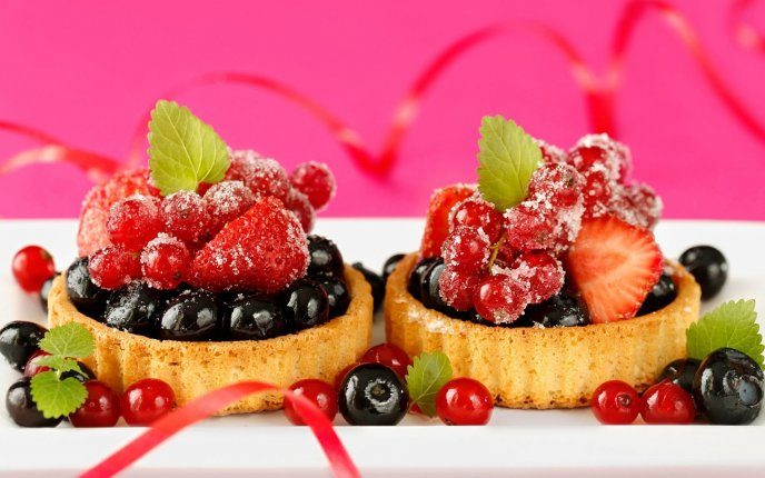 Download Wallpaper Two mini fruit tarts - delicious sweet dessert