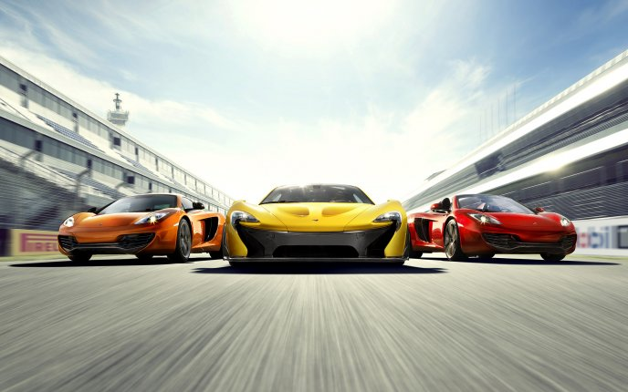 Three beautiful McLaren cars - race 2014