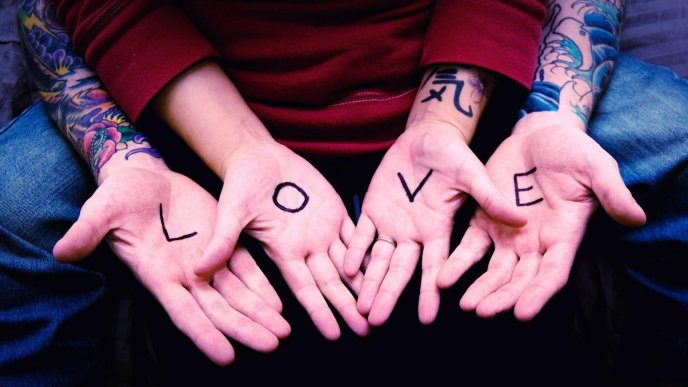 Love is in our hands - Happy Valentines Day