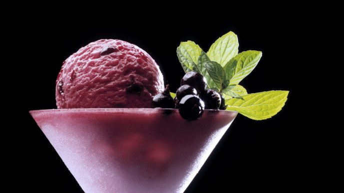 Frozen cup with blueberry ice cream - HD cold sweet food