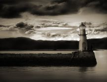 Black and white lighthouse HD wallpaper