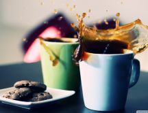 Coffee flows - coffee cups and biscuits HD wallpaper