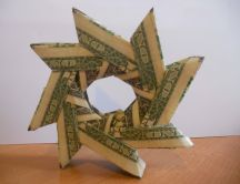 Origami spiral - made ​​of money HD wallpaper
