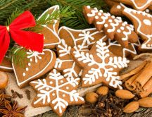 Crispy cinnamon cookies for Santa Claus HD wallpaper
