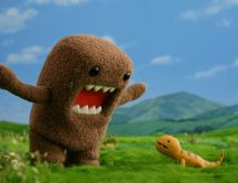 Plush monster scares a lizard - Funny Hd wallpaper