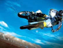 Spectacular jump with motorcycle - HD wallpaper