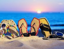 Flip-flops and sunglasses for the beach - funny HD wallpaper