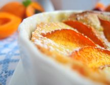 Apricot souffle - a delicious summer dessert