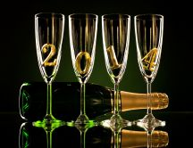 Champagne for the new year 2014 - HD wallpaper