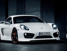 Wonderful white Porsche car - new HD design