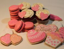 Sweet love candies and cookies - HD wallpaper