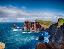 Coast on the shores of Madeira - HD nature wallpaper