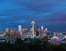 Seattle city at dusk - Dark sky over the city