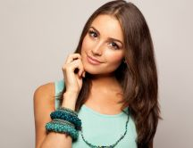 Beautiful television presenter Olivia Culpo in blue