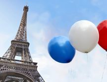 France colors on three balloons near the tower Eiffel