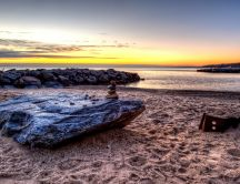 Morning at shore of sea - Relaxing landscape
