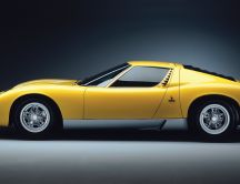 Yellow Lamborghini Miura with doors