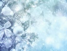 Silver Christmas accessories - HD winter wallpaper
