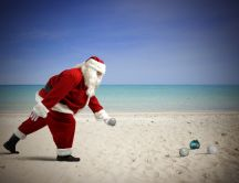 Santa Claus at the seaside - Christmas accessories