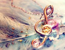Glamorous golden musical note - HD wonderful wallpaper