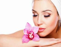 Beautiful flower for a beautiful skin - Relaxing time woman