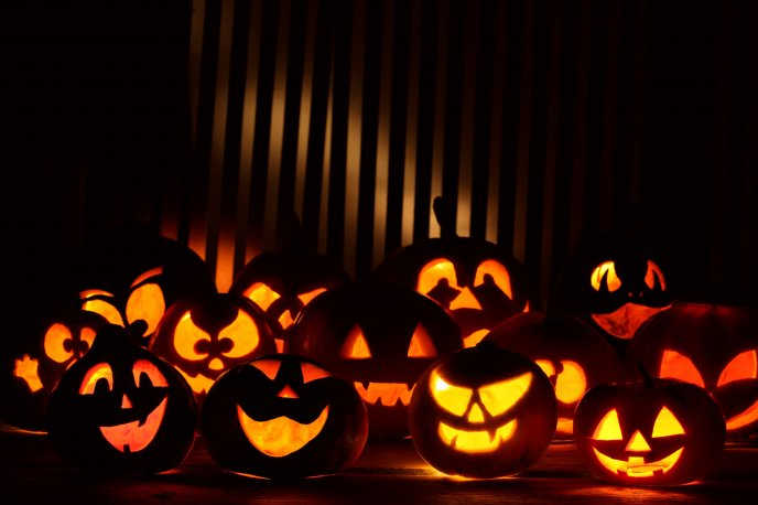 Download Wallpaper Funny Figures Of Pumpkins   HD Halloween Wallpaper. «