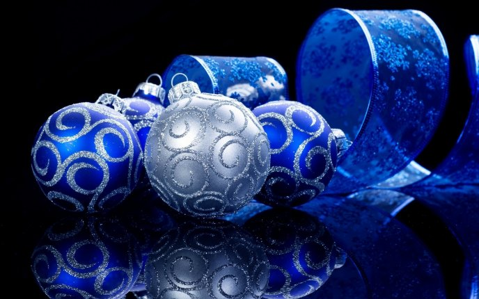 christmas ornaments to make special decorations for blue and silver ornaments 13321