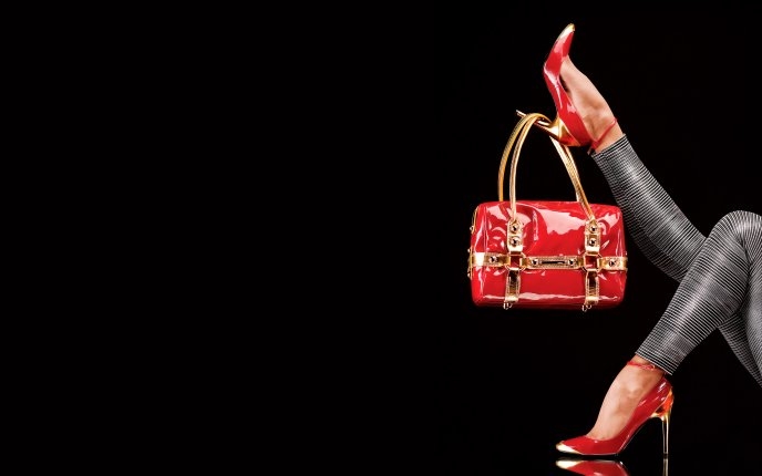 Shoes and bags for divas - HD wallpaper