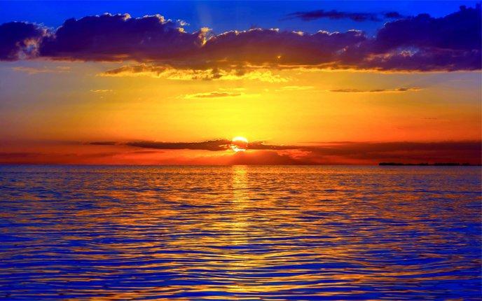 Audi Of Plano >> Beautiful sunset - the sea is orange
