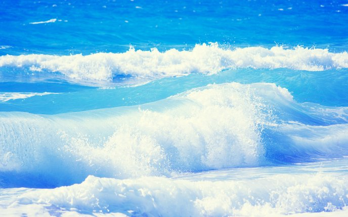 Download Wallpaper Beautiful Ocean waves - perfect summer holiday