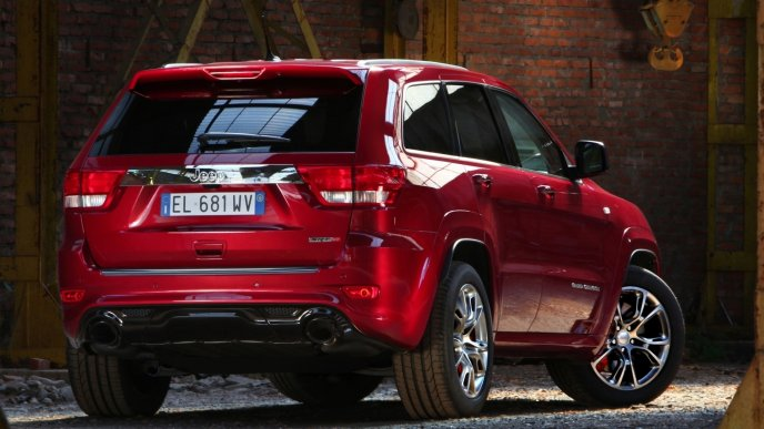 Red Jeep Grand Cherokee Back view