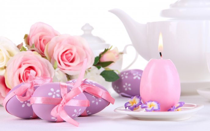 Purple Easter eggs and beautiful pink roses - Happy Holiday
