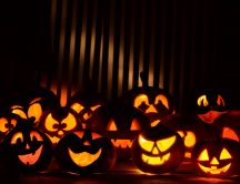 Funny figures of pumpkins - HD Halloween wallpaper