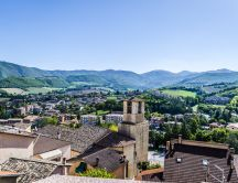 View over Cascia, Italy - HD wallpaper