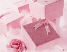 Pink velvet gift boxes - HD wallpaper