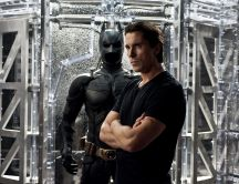Christian Bale and his perfect costume - Batman HD wallpaper