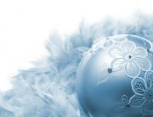 Hand crafted - blue Christmas ornament HD wallpaper