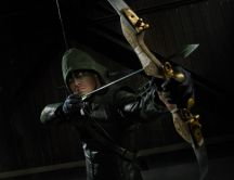 Arrow - Oliver Queen with his arc HD wallpaper