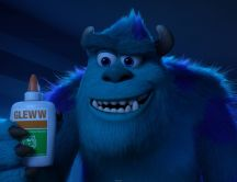Sulley is holding a glue - Monsters University 2013