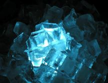 Bright ice pieces - HD wallpaper