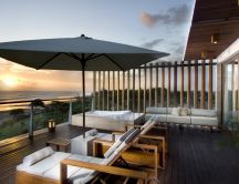 Terrace overlooking the sea - the perfect home