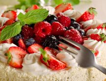 Strawberries and berries - refreshing summer cake