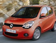 A new small car - Renault low cost