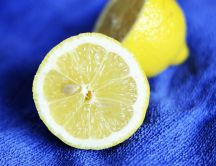 Lemon juice - healthy citric acid