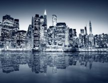 Marvelous city manhattan - mirror in the water